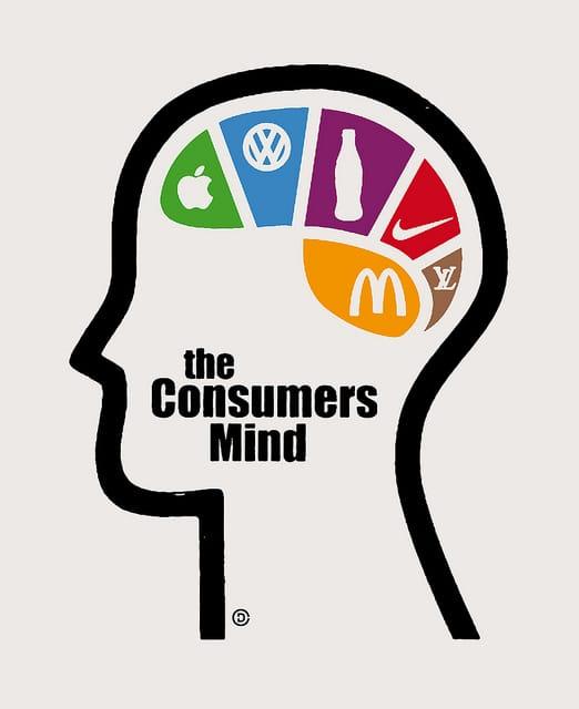 Świadomy i odpowiedzialny konsument - wlaczoszczedzanie.pl - Depositphotos / @ CHRISTOPHER DOMBRES / CC0 1.0 Universal