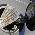 Jak ograniczyć zużycie paliwa - wlaczoszczedzanie.pl Flickr / @ Chris Potter / CC BY 2.0