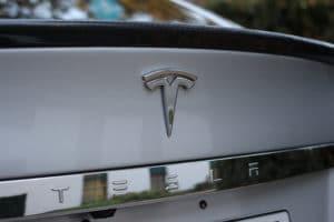 Tesla Motors kupił niemiecką firmę Grohmann Engineering - wlaczoszczedzanie.pl - Flickr / @ Maurizio Pesce - CC BY 2.0