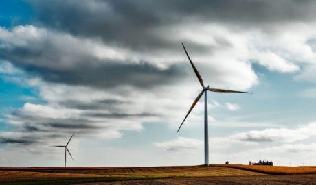 Osiągnięcie celów klimatycznych UE będzie wymagało inwestycji rzędu kilkuset miliardów euro rocznie
