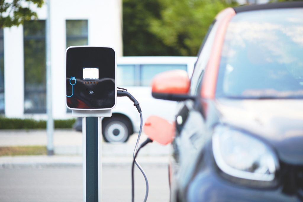 Pod koniec lipca zostanie zaprezentowany prototyp pierwszego polskiego samochodu elektrycznego