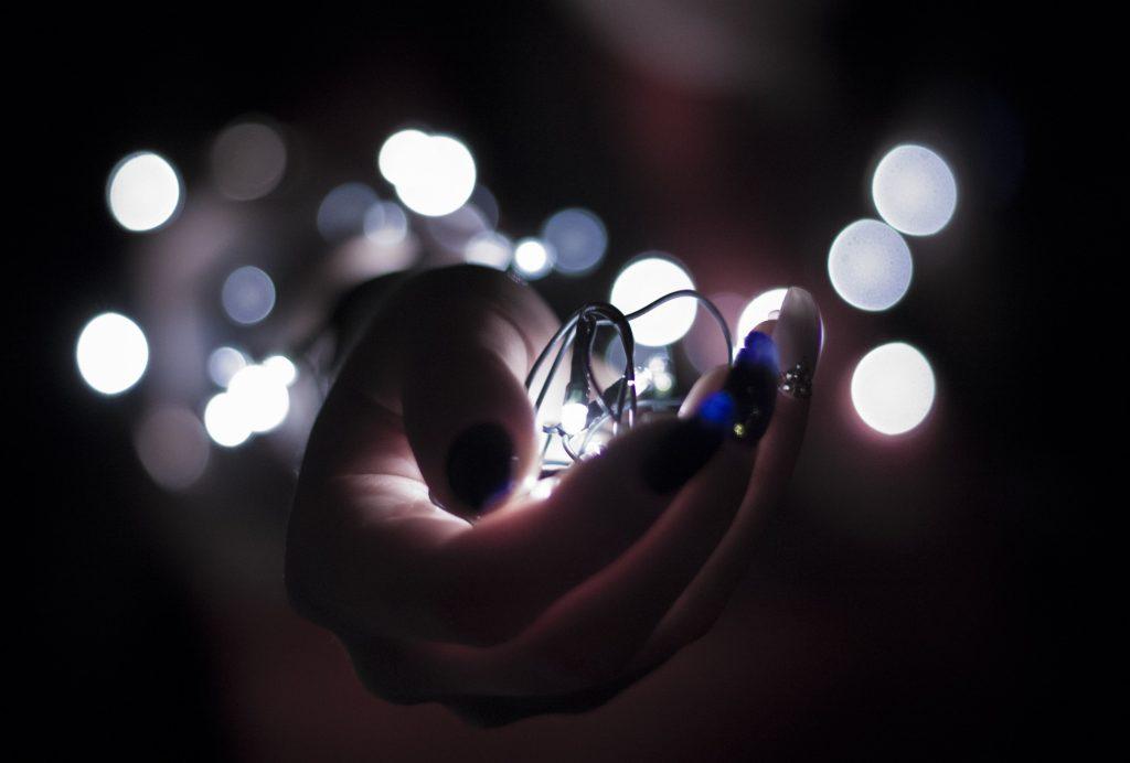 Pozyskiwanie energii z ruchu ludzkiego ciała to jeden z wynalazków opracowany przez naukowców z Politechniki Śląskiej